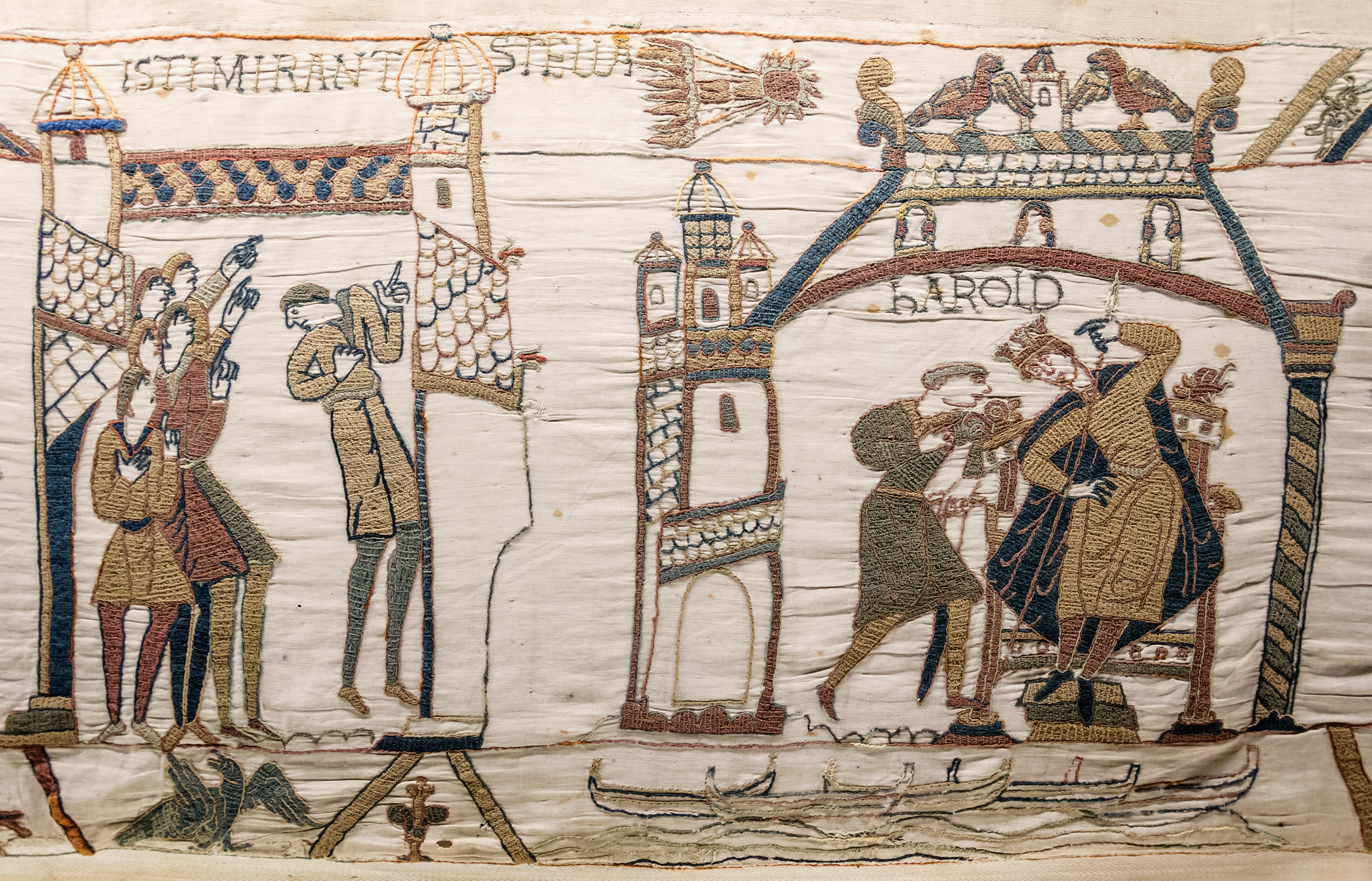 Bayeux_Tapestry_32-33_comet_Halley_Harold